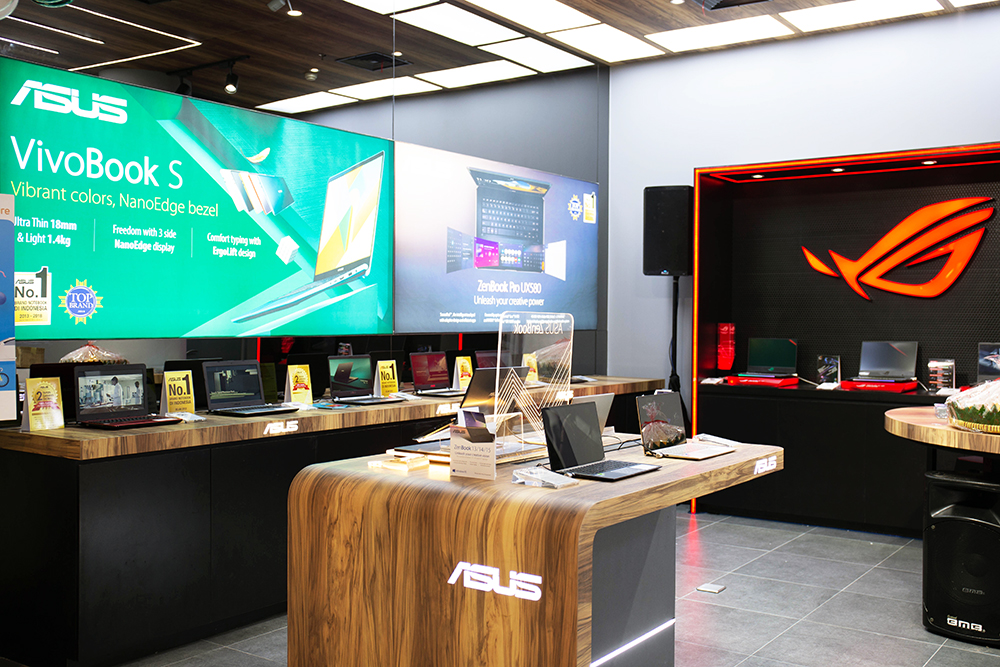 Display Area ASUS Exclusive Store