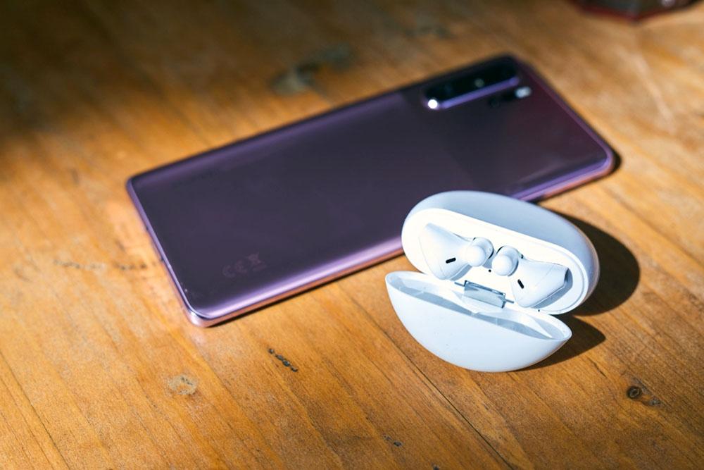 Huawei Nova 5T dan Huawei Freebuds 3